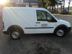 Ford-Transit Connect-9