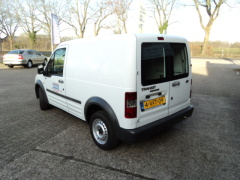Ford-Transit Connect-1